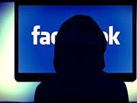 The Facebook Tracking Feature You Might Want To Turn Off